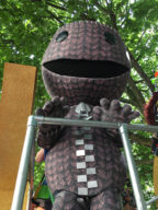 Sackboy up on the PlayStation Pride float!